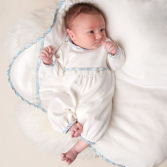 enterito-mangas-largas-bebe-bautizmo-o-fiesta