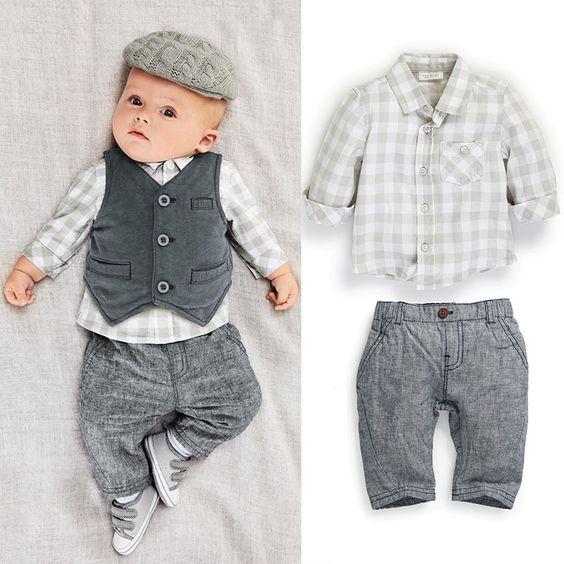 look-modernos-para-bebe-bautizmo-o-fiesta