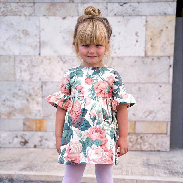 vestido corto estampado para niñas waw invierno 2020