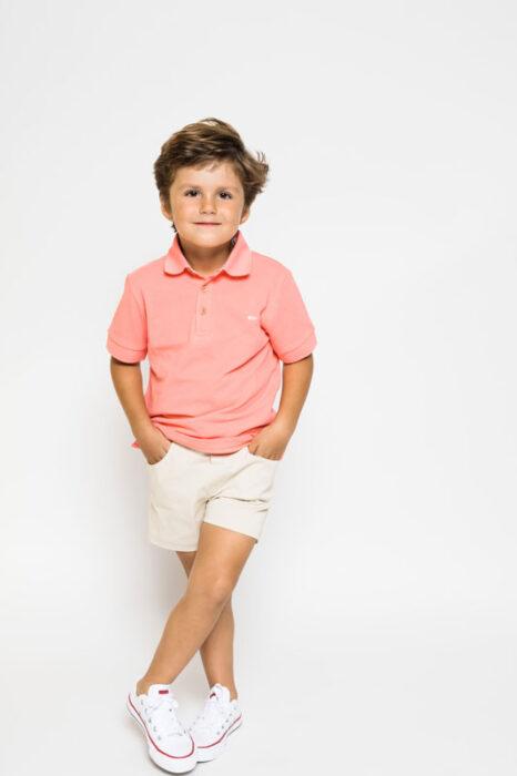 look con bermuda blanca para niño