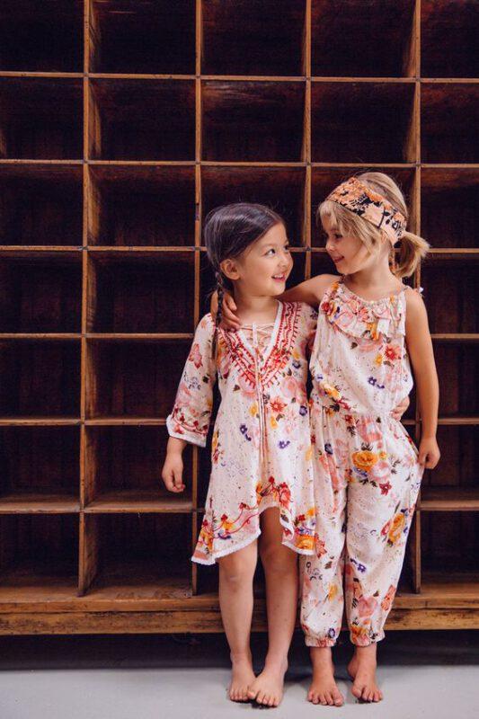 vestido y mono estilo boho para niñas