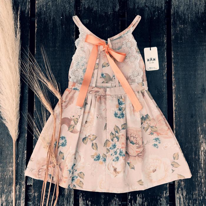 espalda vestido nina con encaje Waw verano 2021