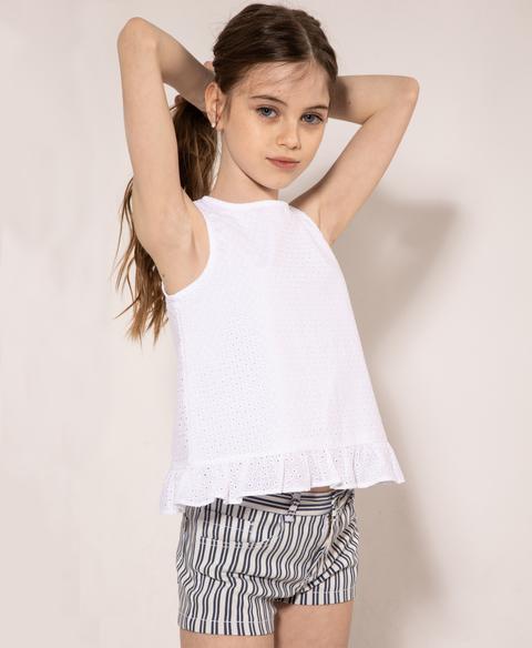 short a raya y blusa blanca anavana verano 2021