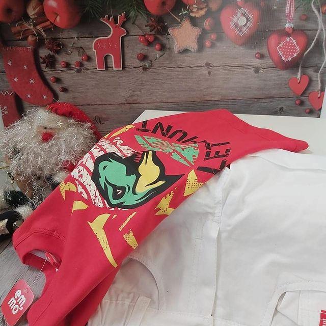 bermuda blanca y remera roja emmo navidad ano nuevo 2020