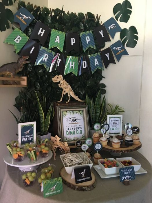 decoracion facil cumpleanos de dinosaurios