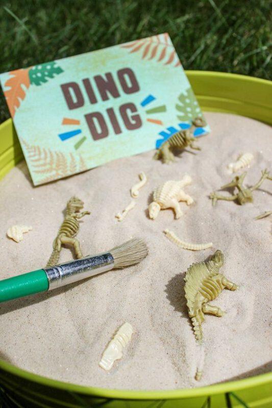 encuentra los restos de los dinosaurios