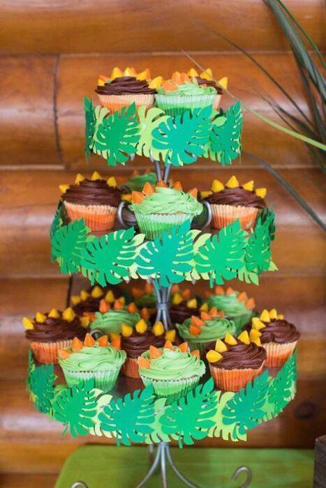 mini cakes decoradas dinosaurios