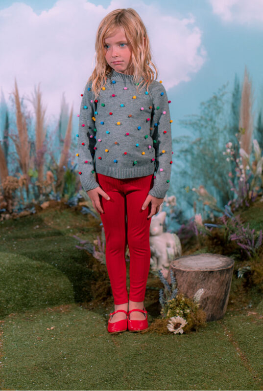 sweater lana nina con pompones little akiabara invierno 2021