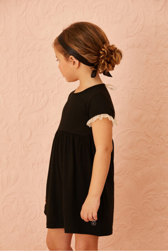 vestido negro nina little akiabara verano 2022